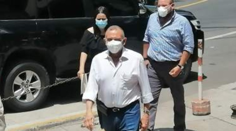 «No debo nada»: expresidente de Honduras 'Pepe' Lobo se presentó ante el MP para que lo investiguen
